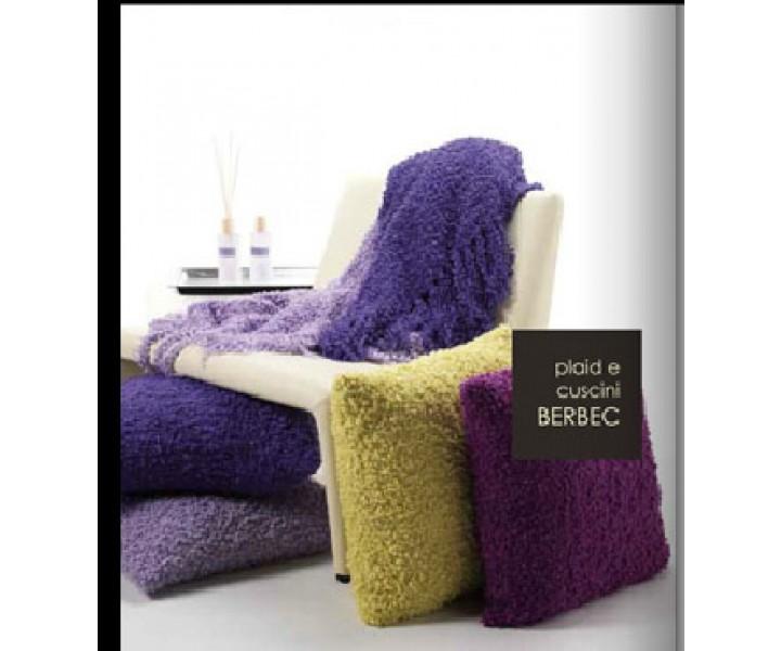 casa anversa plaid berbec variante rosso. Black Bedroom Furniture Sets. Home Design Ideas